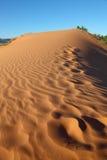 Ondes de sable douces au soleil Photo stock