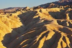 Ondes de sable molles du Zabriskie - point Photographie stock