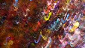Ondes lumineuses multicolores dansant autour de l'atmosphère photographie stock libre de droits