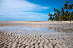 Ondes sur le sable Image libre de droits