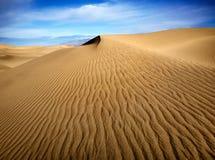 Ondinhas da areia, Death Valley foto de stock
