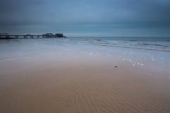Ondinhas na areia em Cromer fotografia de stock royalty free
