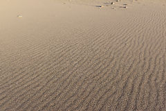 Ondinhas nas dunas de areia Fotos de Stock