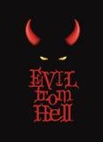 Ondska från helvete T-tröjadesign, affischkonst Röda devihorn och demonögon på den mörka bakgrunden royaltyfri illustrationer