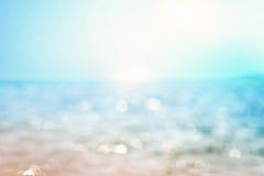 Onduidelijk beeld mooi glanzend fonkelend tropisch blauw overzees strand, Fr Royalty-vrije Stock Fotografie