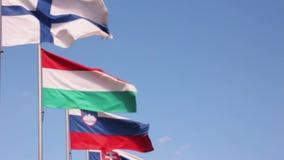 Ondulação das bandeiras de países da União Europeia video estoque