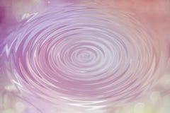 Ondulación rosada abstracta del descenso del agua del círculo con la onda, backgr de la textura Fotografía de archivo libre de regalías