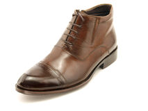One brown shoe Royalty Free Stock Images