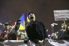 One hundred thousand protest as Romania relaxes corruption law Stock Photography