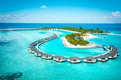 Free One Of The Private Island In Maldives Which Offered A Watervilla Suites Royalty Free Stock Photography - 185665837