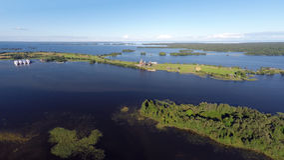 Onega jezioro i Kizhi wyspa w Karelia - widok z lotu ptaka Zdjęcie Stock