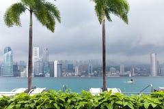 Oneindigheidspool op het dak van Marina Bay Sands Hotel Stock Fotografie
