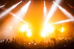 OneRepublic realiza vivo en la arena de MEO el 21 de noviembre de 2014 en Lisboa, Portugal Imágenes de archivo libres de regalías