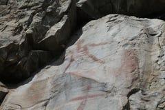 Ongebruikelijke de Rotskunst van Native American van de skeletmens in Noordwestelijk Montana stock foto's