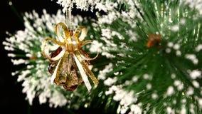 Ongebruikelijke Kerstmisdecoratie zoals shell - a stock videobeelden