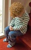 Ongehoorzame jongen op tijd uit Royalty-vrije Stock Afbeeldingen