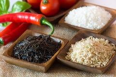 Ongekookte rijst Stock Foto's