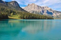Ongelooflijk Emerald Lake in de Rotsachtige Bergen, Brits Colombia, Canada Stock Fotografie