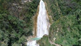 Ongelooflijk mooie Chiflon-waterval in Mexico stock footage