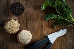 Ongepelde rijst, Quinoa en Wilde Rijst Stock Afbeeldingen