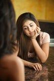 Ongerust gemaakte Jonge Vrouw Stock Foto's