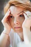 Ongerust gemaakte vrouw Stock Foto's
