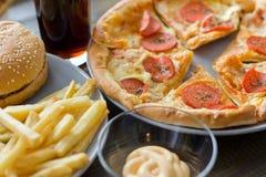 Ongezond concept Ongezond Voedsel Royalty-vrije Stock Afbeeldingen