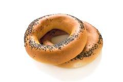Ongezuurde broodjes met papaverzaden Stock Afbeelding