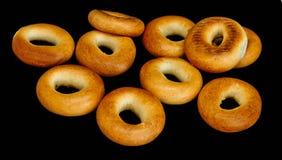 Ongezuurde broodjes van gouden ge?soleerde kleur royalty-vrije stock foto's