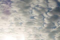Onheilspellend Dark betrekt Dramatische hemel donkere spiritual royalty-vrije stock foto