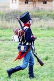 Żołnierz w rocznika munduru odprowadzeniu Obraz Stock