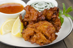 Onion Bhajis & Mint Raita Stock Photo