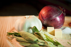 Onion, garlic and sage Royalty Free Stock Photos
