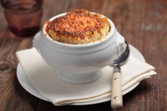 Onion soup with croutons Stock Photography