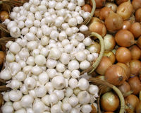 Onions. On display for sale at a northern Virgina market stock photography