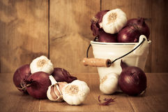 Onions & Garlic Royalty Free Stock Images