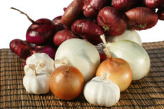 Onions and garlic Royalty Free Stock Photos