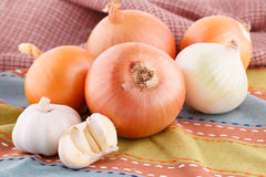 Onions and garlics Royalty Free Stock Photo