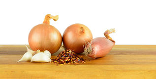 Onions, shallots, garlic & chilli flakes Royalty Free Stock Photos