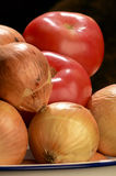 Onions & tomatoes Royalty Free Stock Photos
