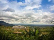 Onlangs de casinobouw in Chong Arn Ma, geroepen grensovergang Thais-Kambodja (grensovergang van Ses in Kambodja) tegengesteld aan royalty-vrije stock fotografie