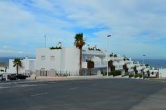 Onlangs Geconstrueerde Spaanse huizen Stock Afbeeldingen