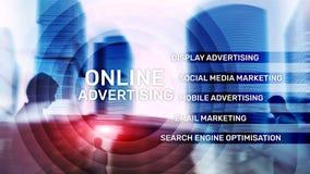 Online adverterend, Digitale marketing Bedrijfs en financiënconcept op het virtuele scherm vector illustratie