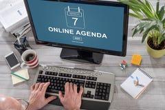 Online agendy pojęcie na komputerze Fotografia Stock