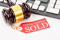 Online aukcja sprzedający pojęcie Fotografia Royalty Free