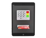 Online-betalningbegrepp. MinnestavlaPC med ATM och kreditkorten Royaltyfri Fotografi