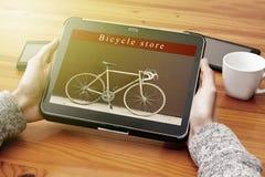 Online fietswinkel stock foto's