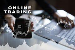 Online-handel internetinvestering Affärs- och teknologibegrepp Royaltyfri Foto