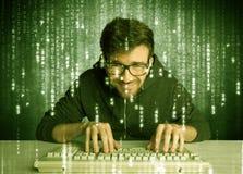 Online het binnendringen in een beveiligd computersysteem lopend concept Stock Afbeelding