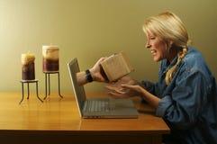 Online het Winkelen & Pakket stock fotografie